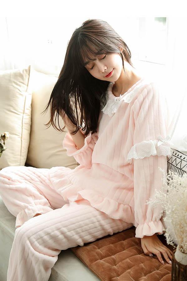 웜핑크 보들보들 레이스 핑크 여성 수면잠옷