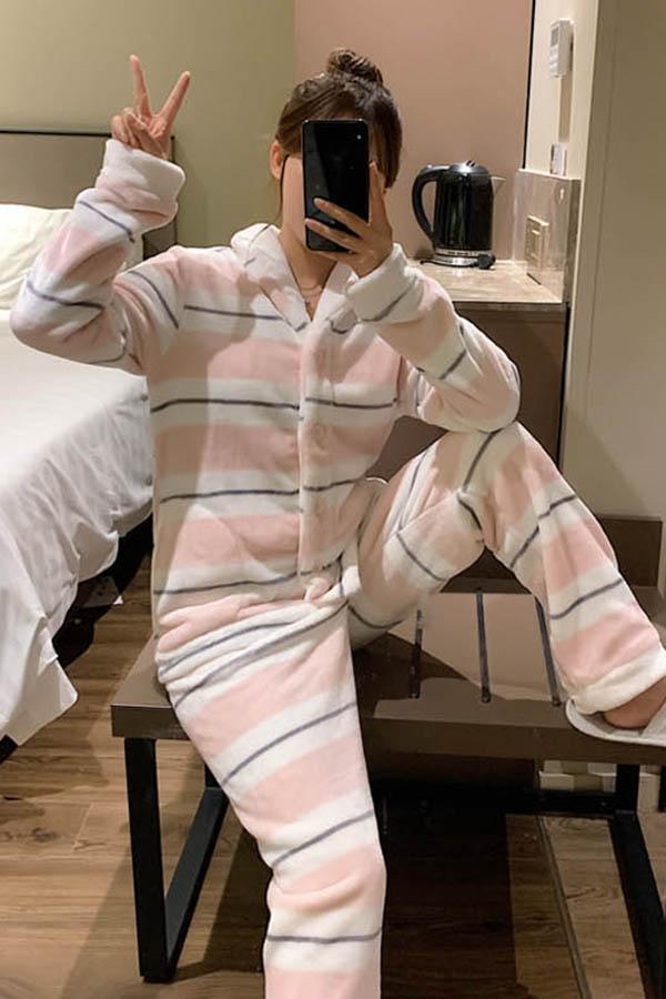 스트라이프 배색 보송보송 카라 여성 수면잠옷 파자마