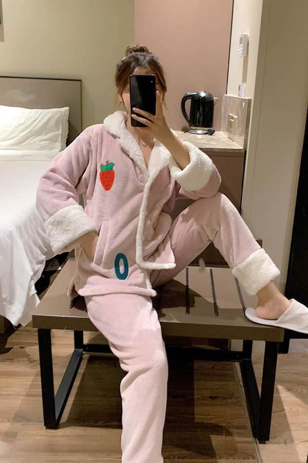 레터링스트로베리 핑크 포그니 배색카라 수면잠옷 여성파자마
