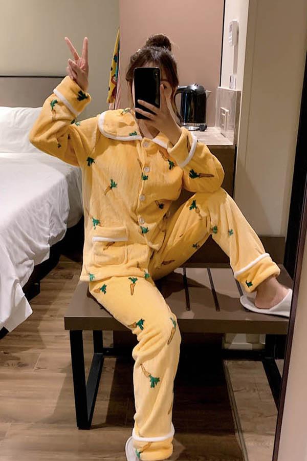 캐럿배색카라 뽀송이 수면 잠옷 여성파자마