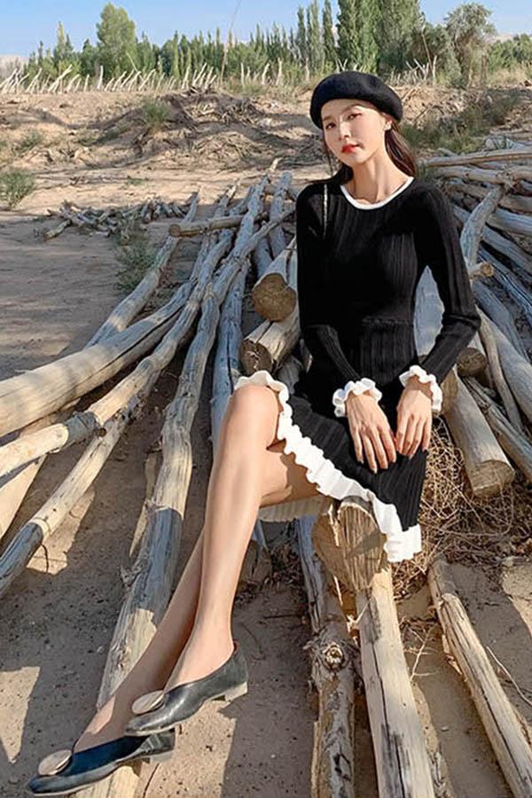 슈드미 밑단배색프릴 라운드넥 골지 여성플레어 스커트 원피스 (블랙,살구)
