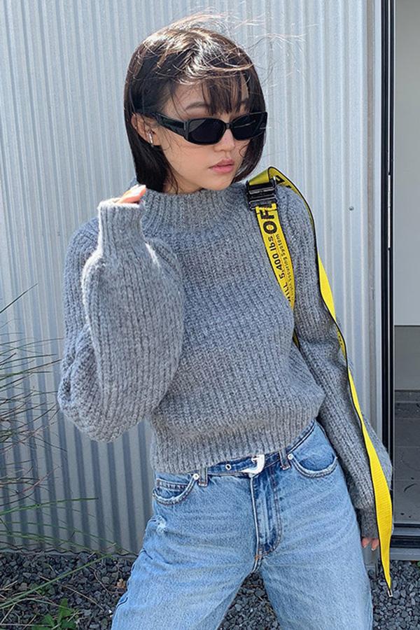다이니 퍼프슬릿 하프넥 숏 니트 스웨터 (블랙,그레이,블루)