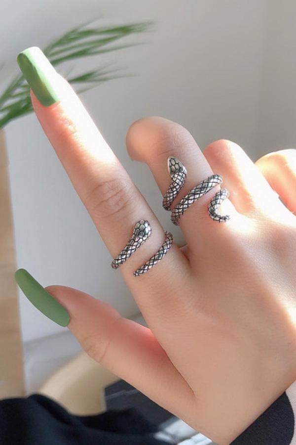 스네이크  포인트 반지