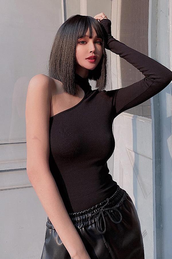 펄스 섹시 언발 핫숄더 홀터 슬림 티셔츠 (블랙,화이트)