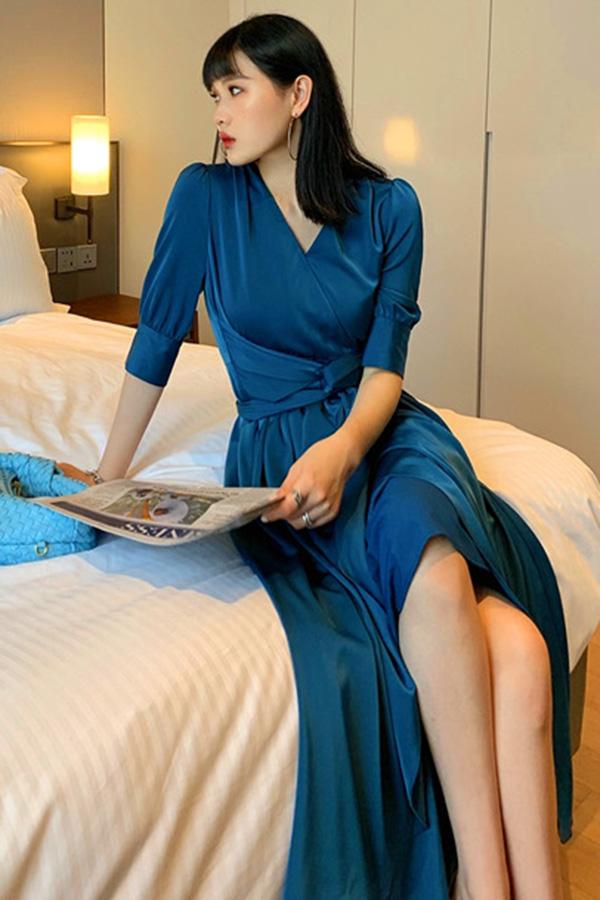 스타팅 결혼식하객룩 모던시크 섹시룩 이브닝룩 새틴 반팔 트임롱원피스 (블루,옐로우)